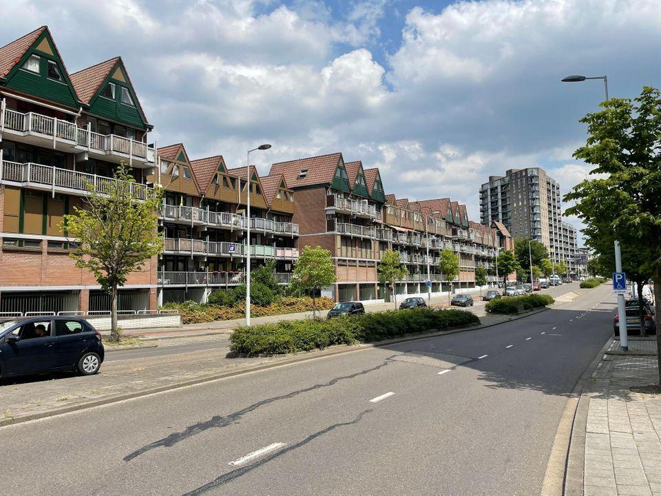 Stroveer 300 (85), Rotterdam