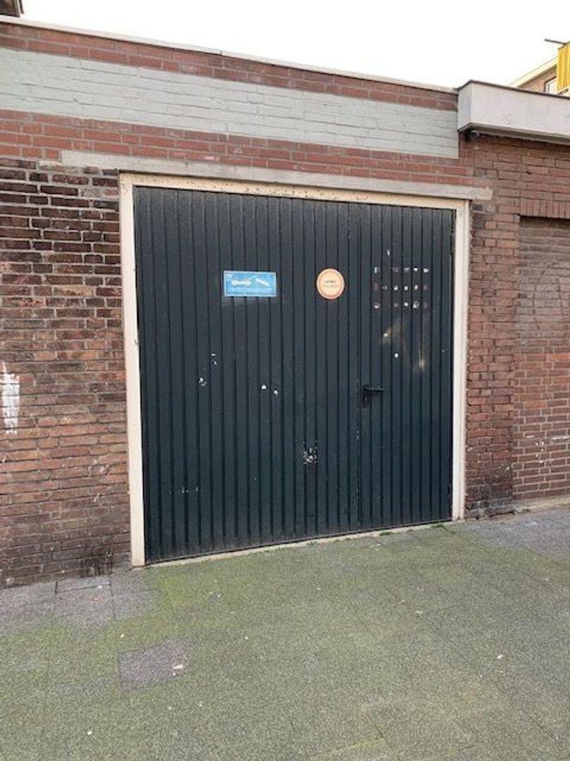 Spiraeastraat 1, Den Haag foto-24 blur