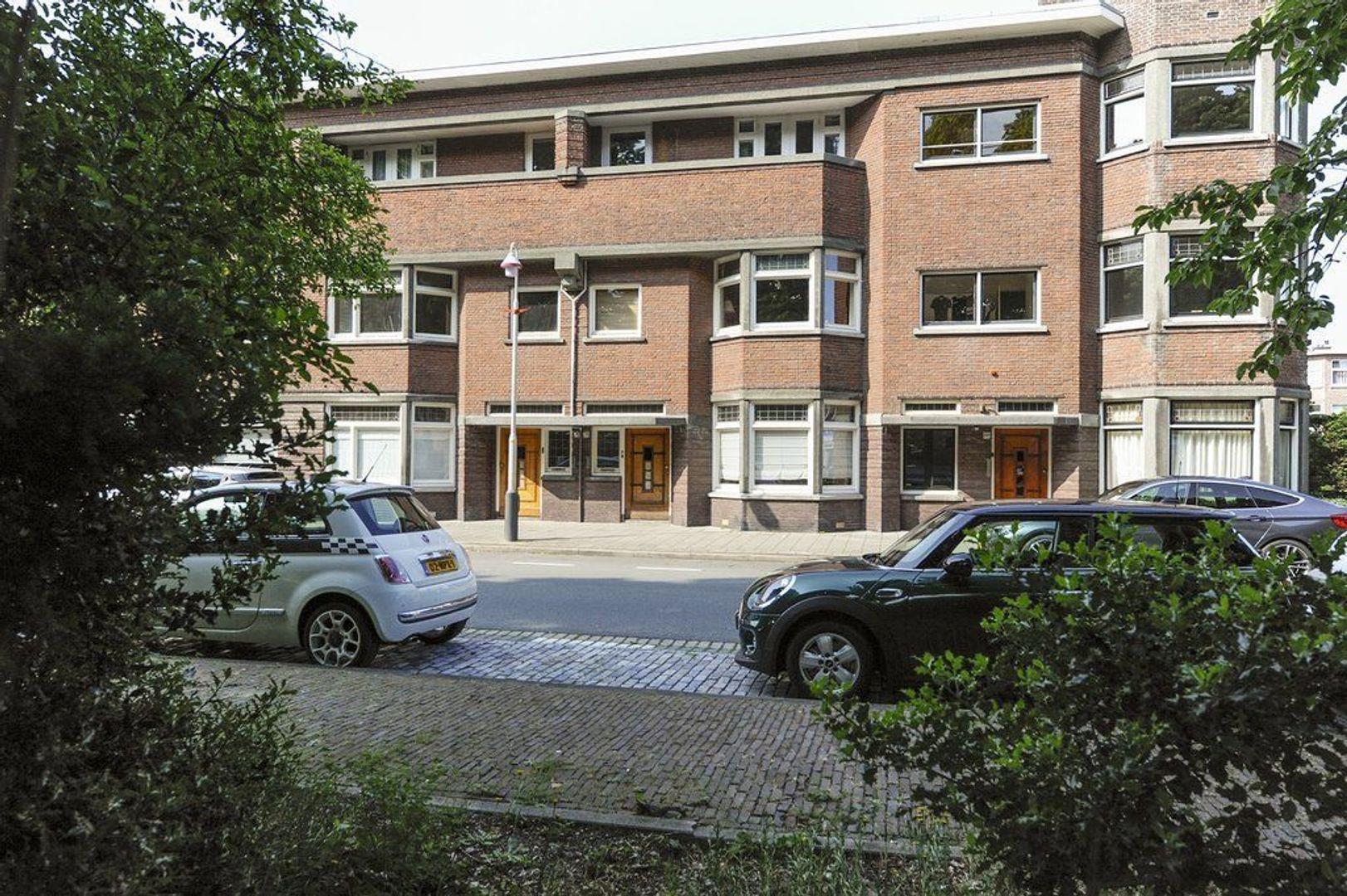 Van Hogenhoucklaan 78, Den Haag foto-0 blur