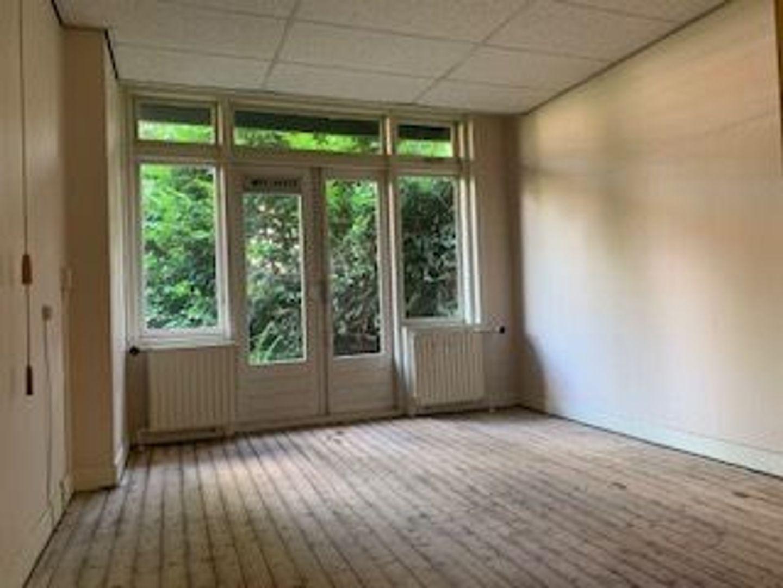 Laan van Nieuw Oosteinde 197 a, Voorburg foto-10 blur