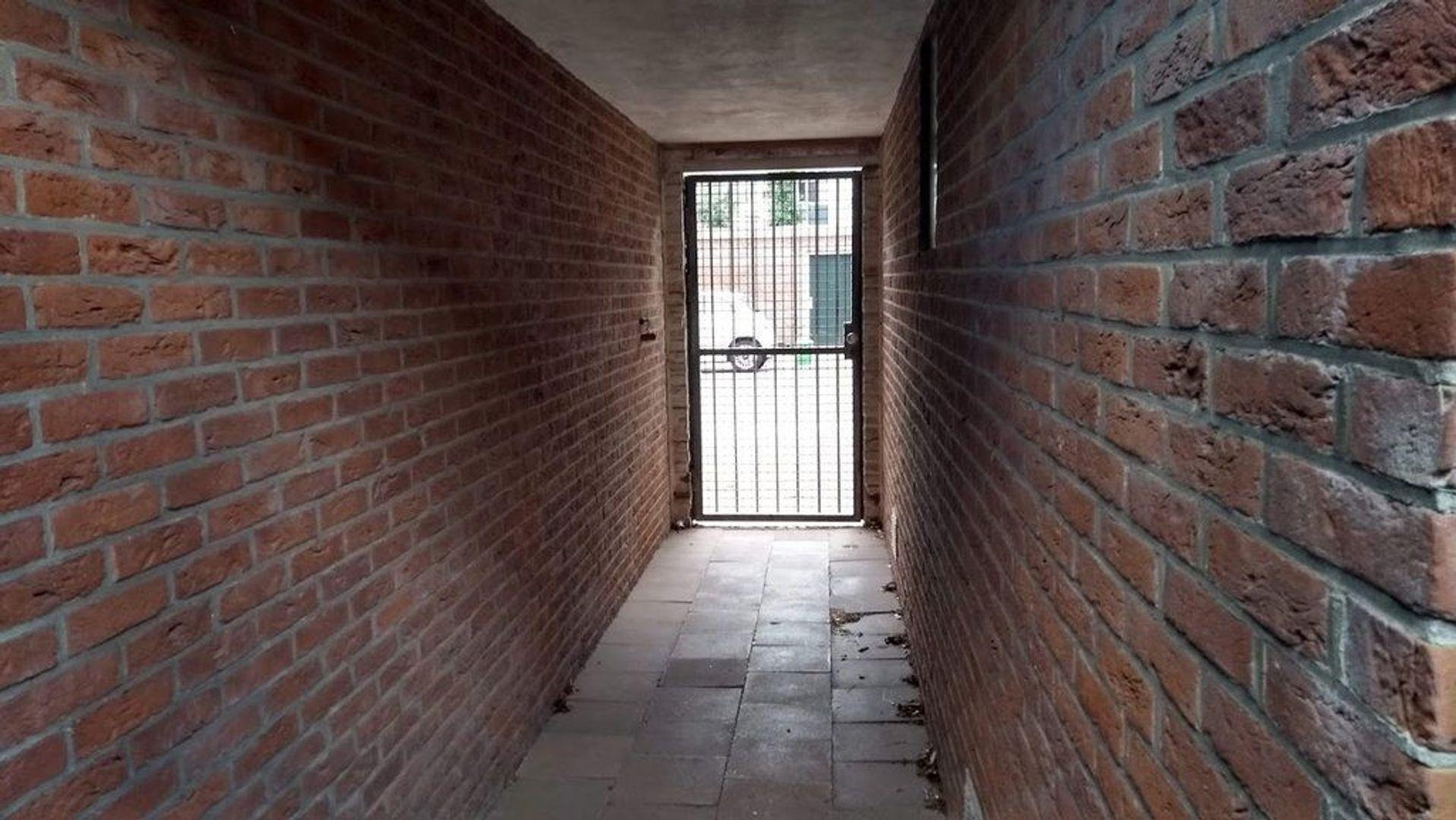 Johan van Oldenbarneveltlaan 14, Den Haag foto-30 blur