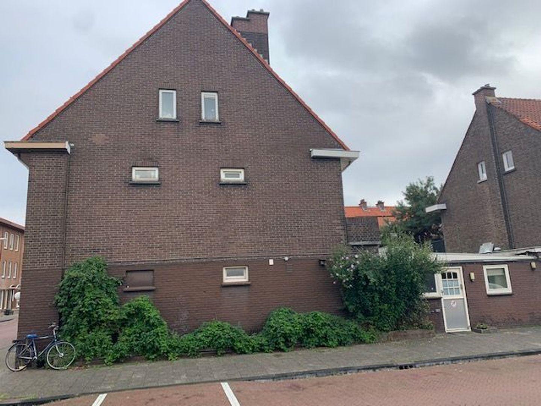Busken Huetstraat 66, Den Haag foto-1 blur