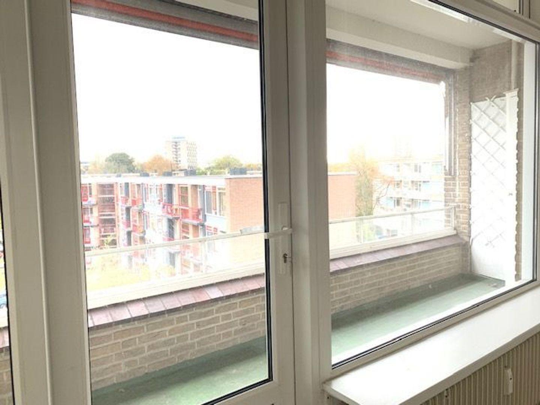 Barnsteenhorst 96, Den Haag foto-7 blur