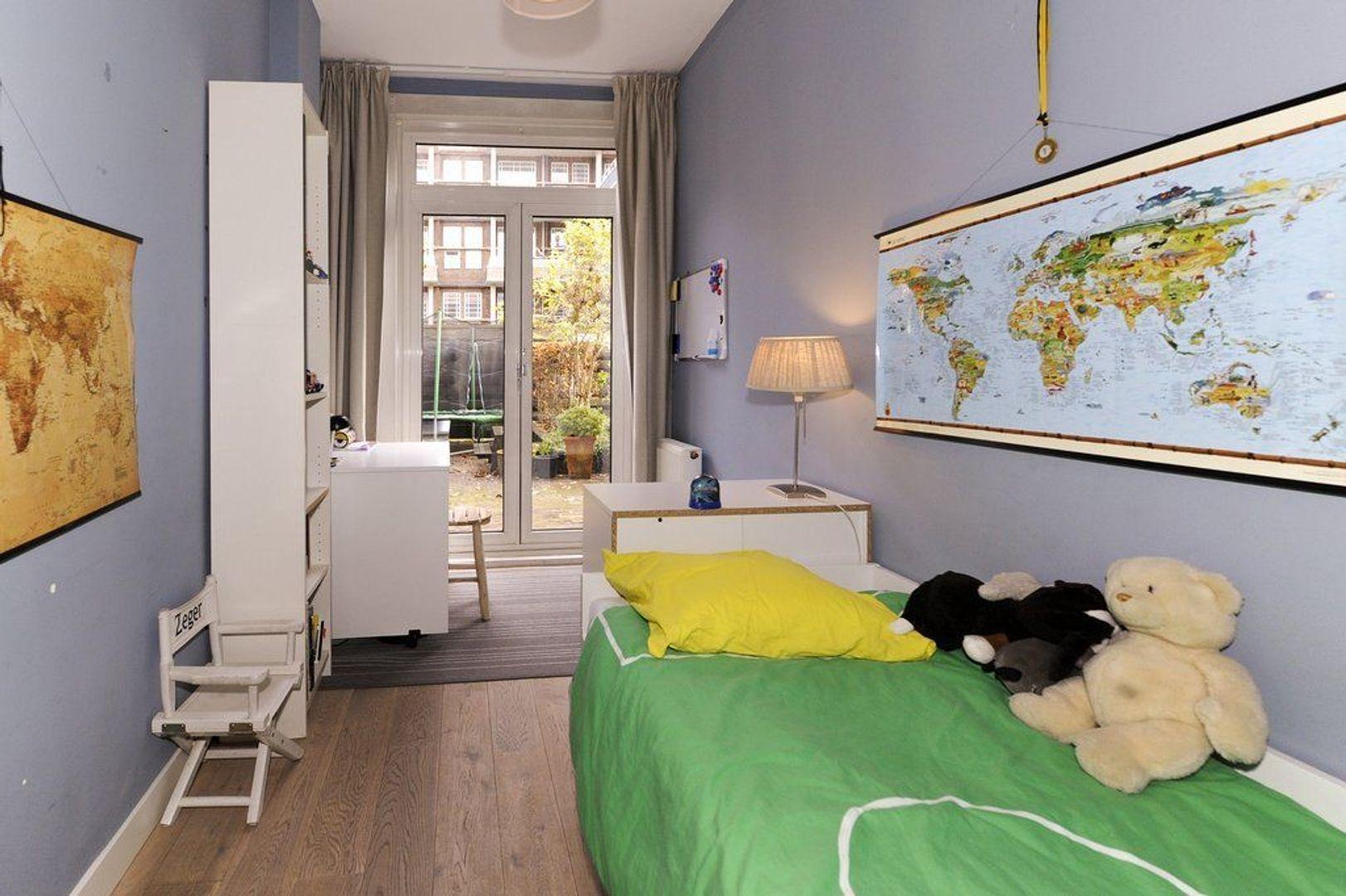 Sadeestraat 13, Den Haag foto-24 blur