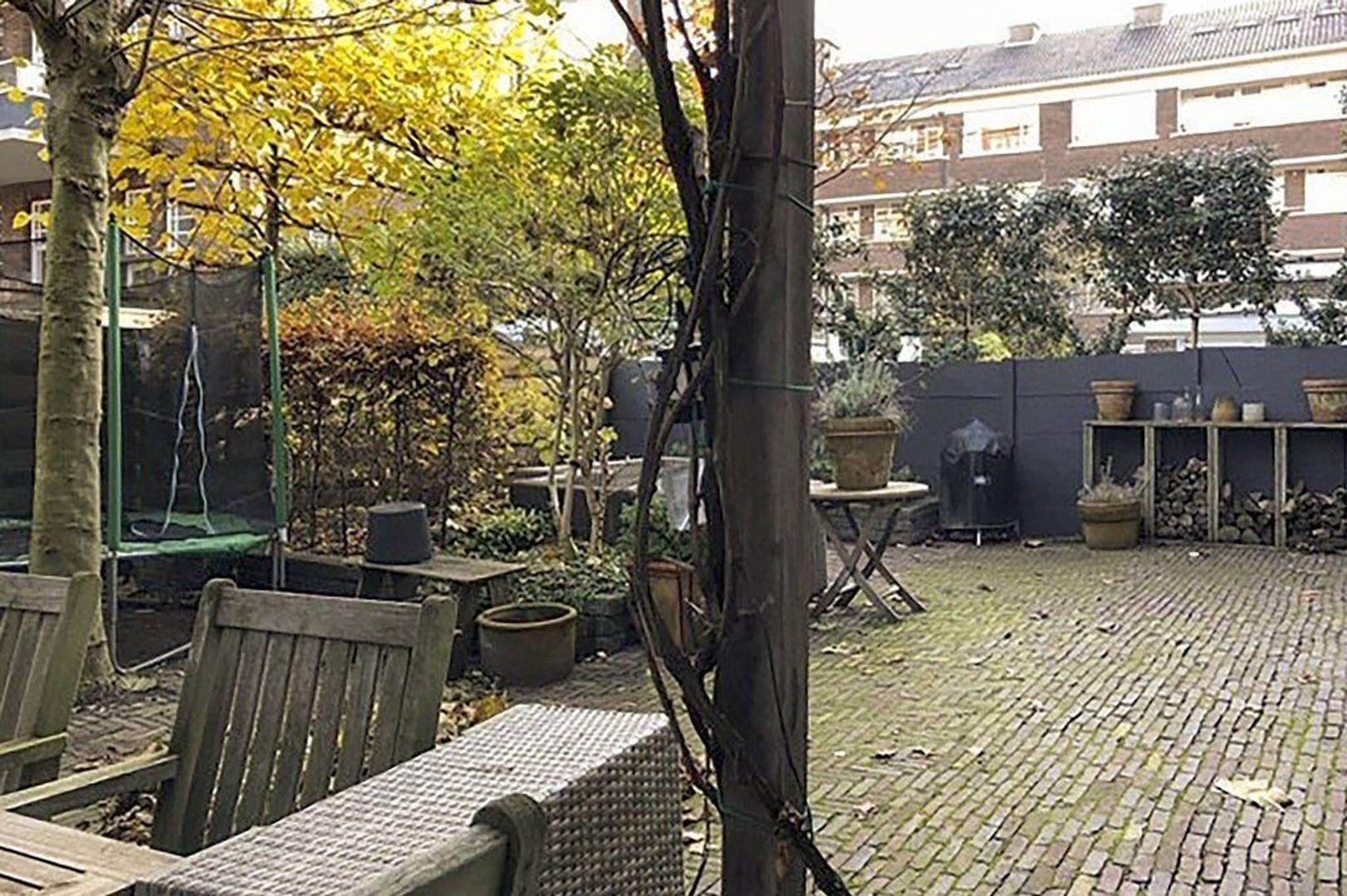 Sadeestraat 13, Den Haag foto-14 blur