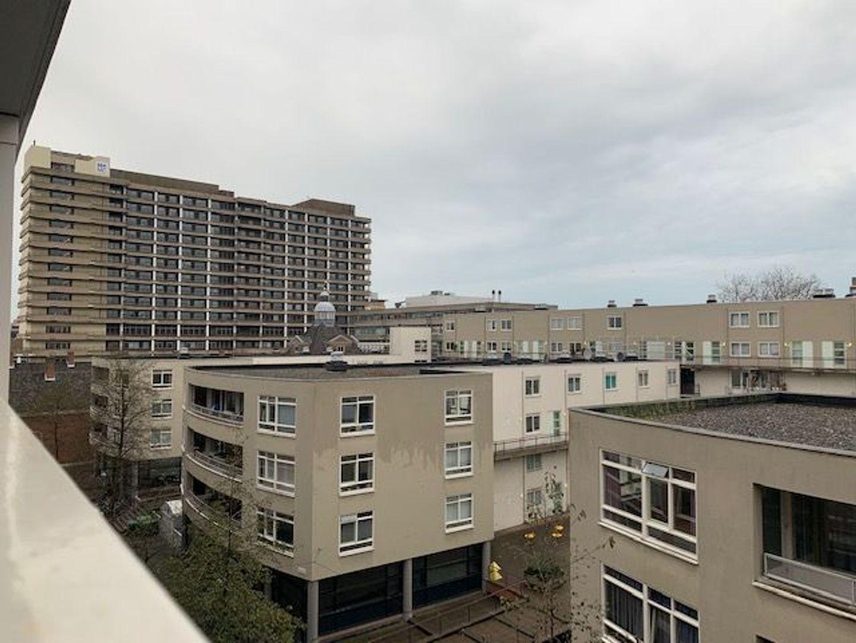 Lage Nieuwstraat 574, Den Haag foto-12 blur