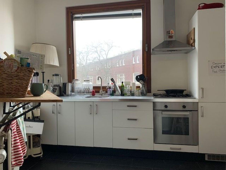 Van Hoytemastraat 34 #S, Den Haag foto-8 blur