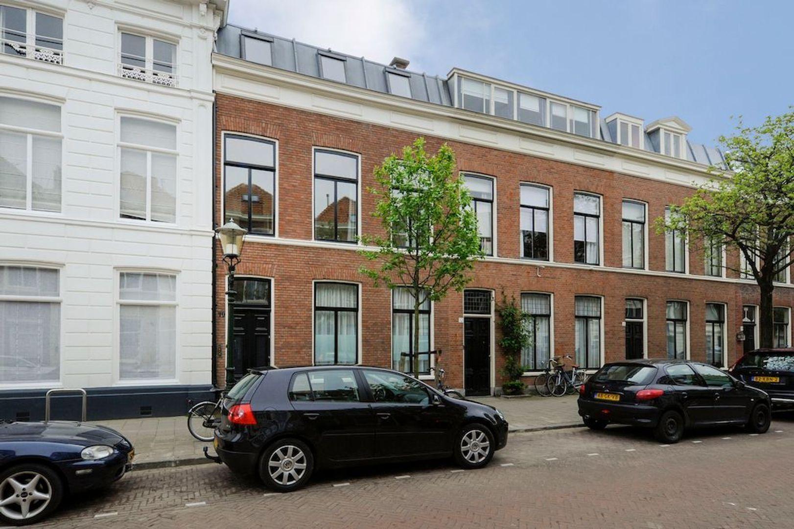 Soendastraat 10, Den Haag foto-0 blur