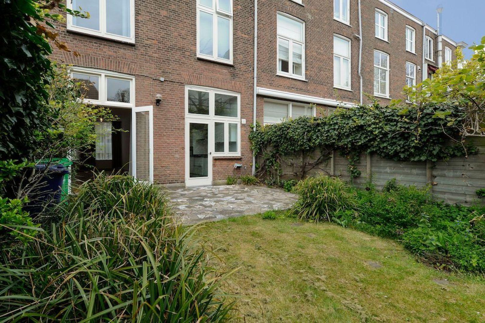 Soendastraat 10, Den Haag foto-43 blur