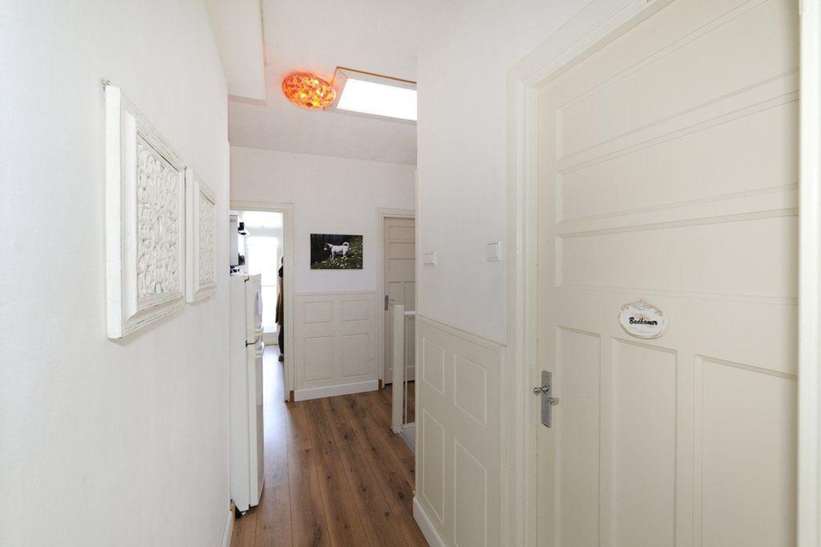 Kamperfoeliestraat 127, Den Haag foto-13 blur