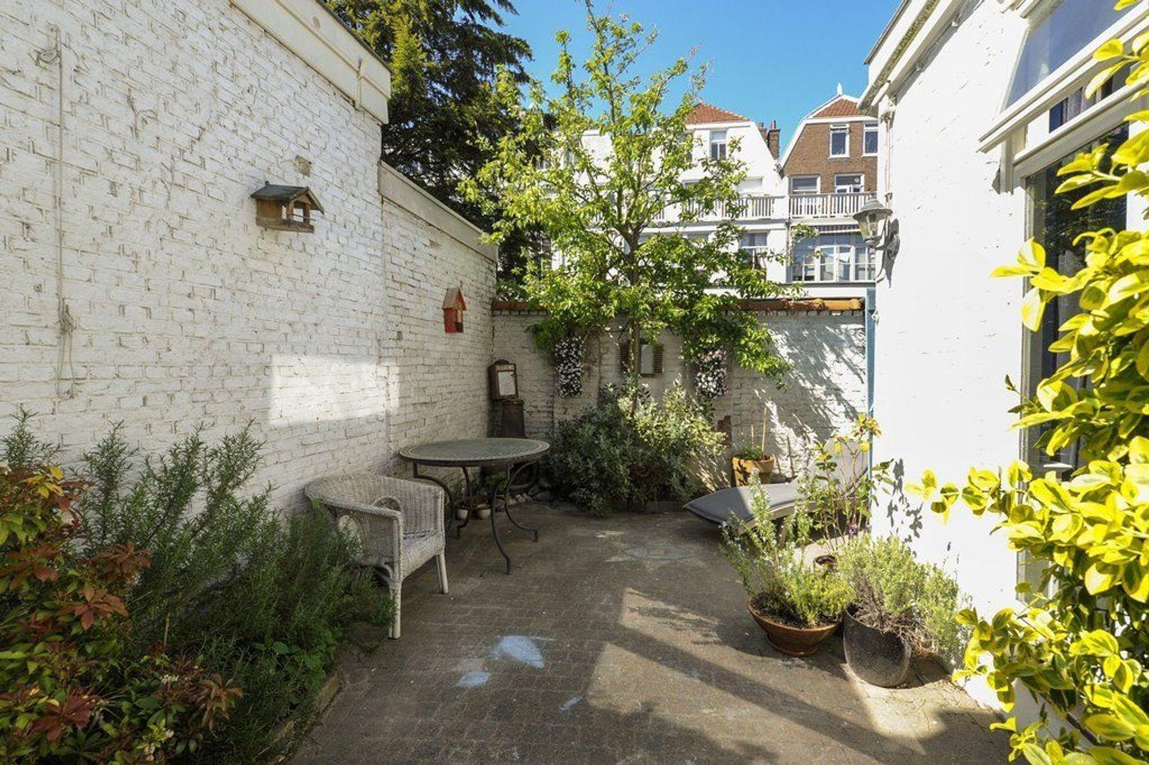 Atjehstraat 86, Den Haag foto-29 blur