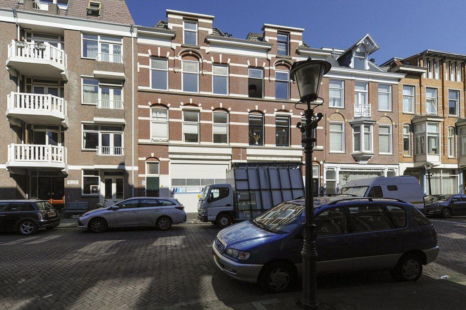 2e Van Blankenburgstraat 107 a, Den Haag foto-6 blur