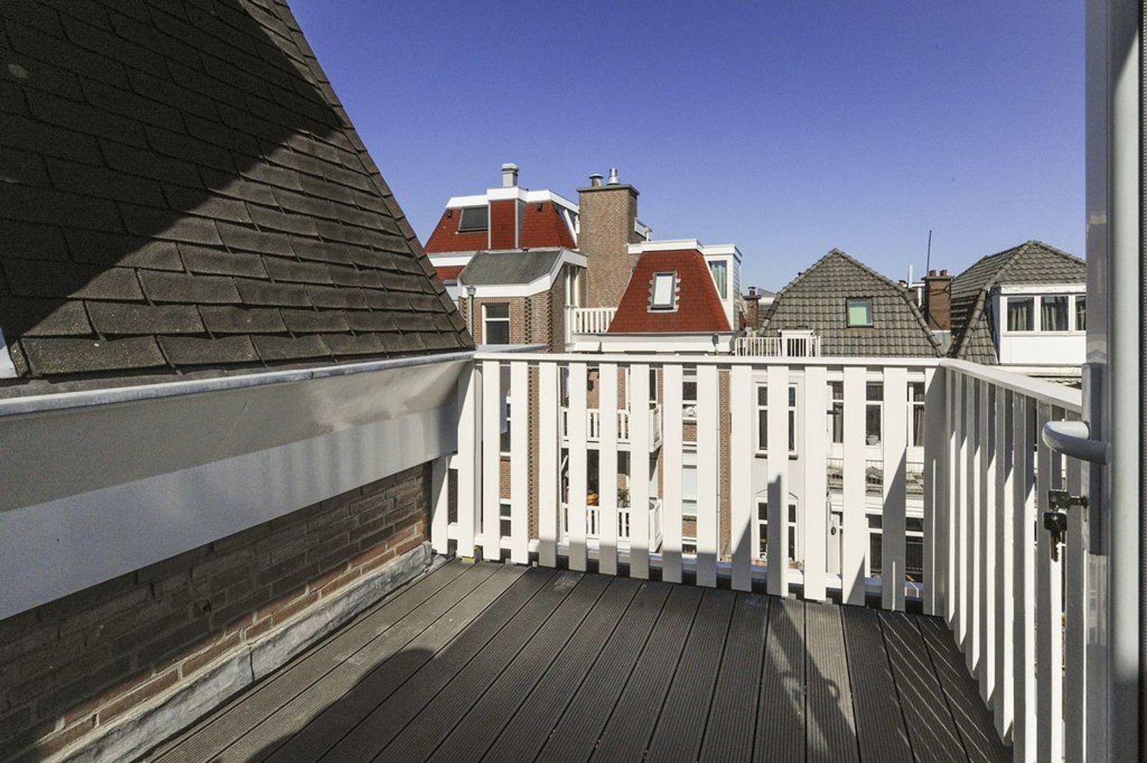 2e Van Blankenburgstraat 107 a, Den Haag foto-19 blur
