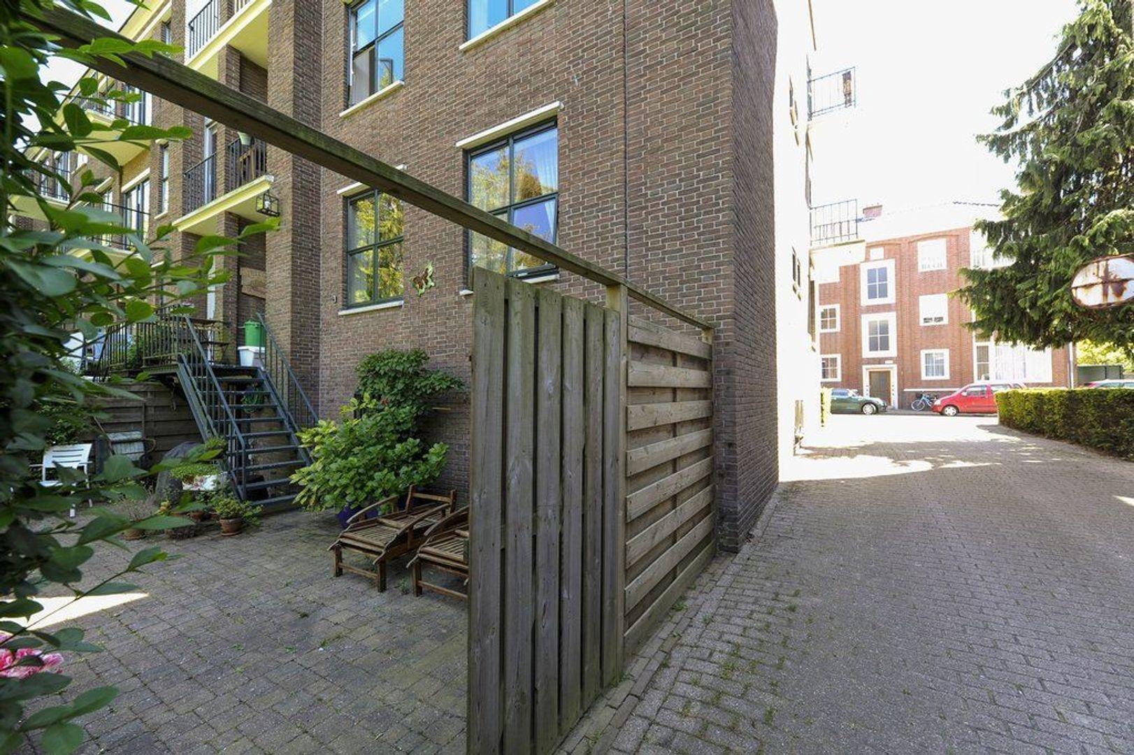Riouwstraat 106, Den Haag foto-23 blur