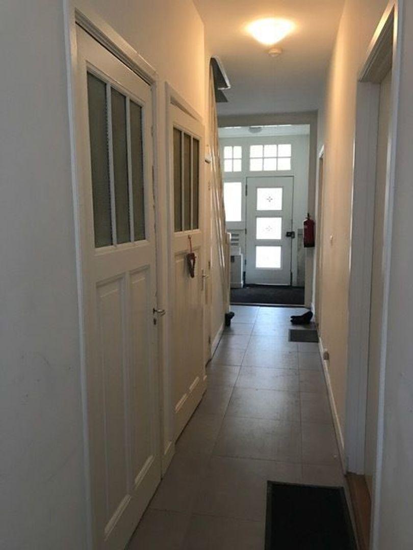Laan van Meerdervoort 480, Den Haag foto-7 blur