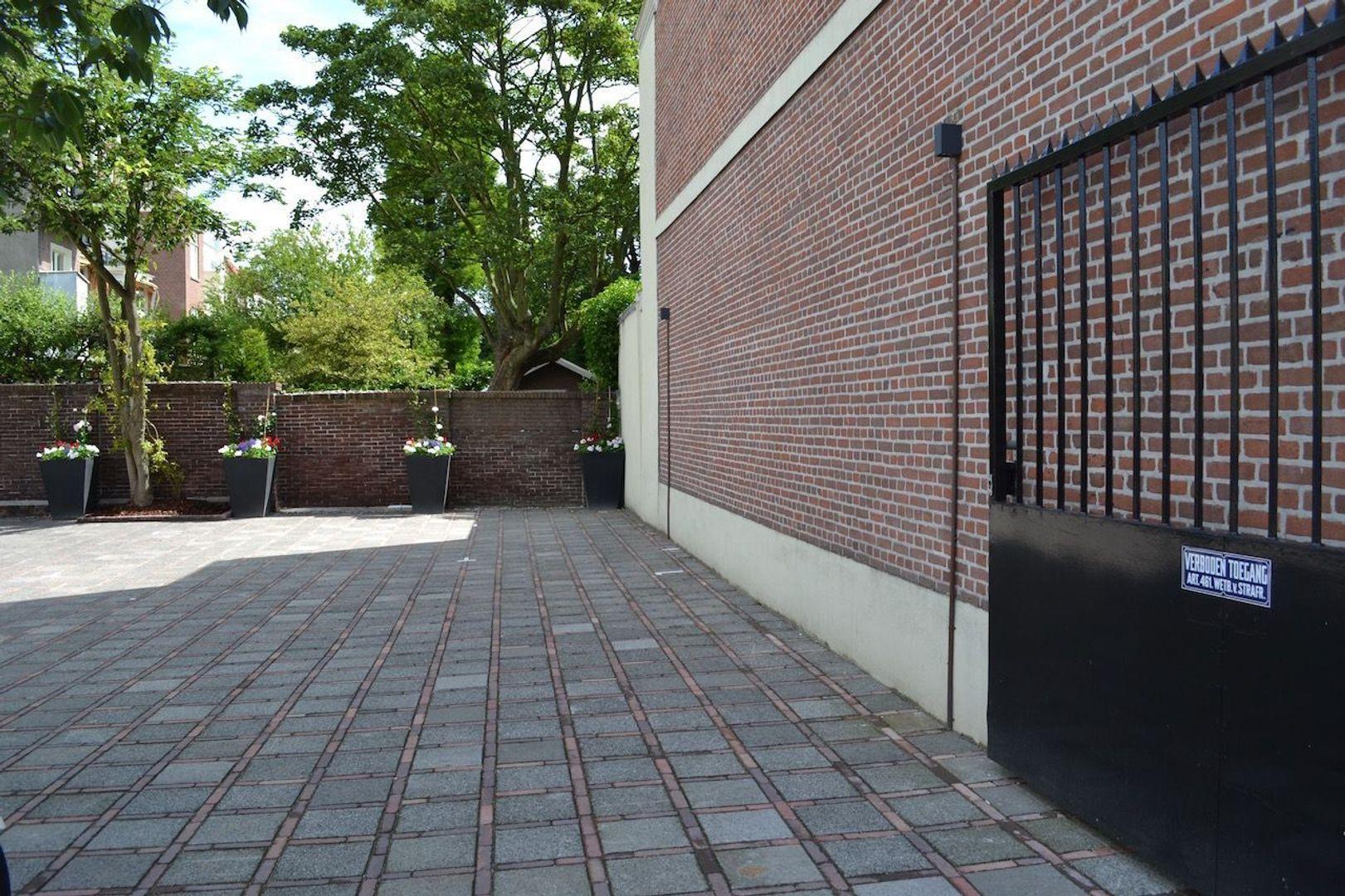 Laan Copes van Cattenburch 69, Den Haag foto-3 blur