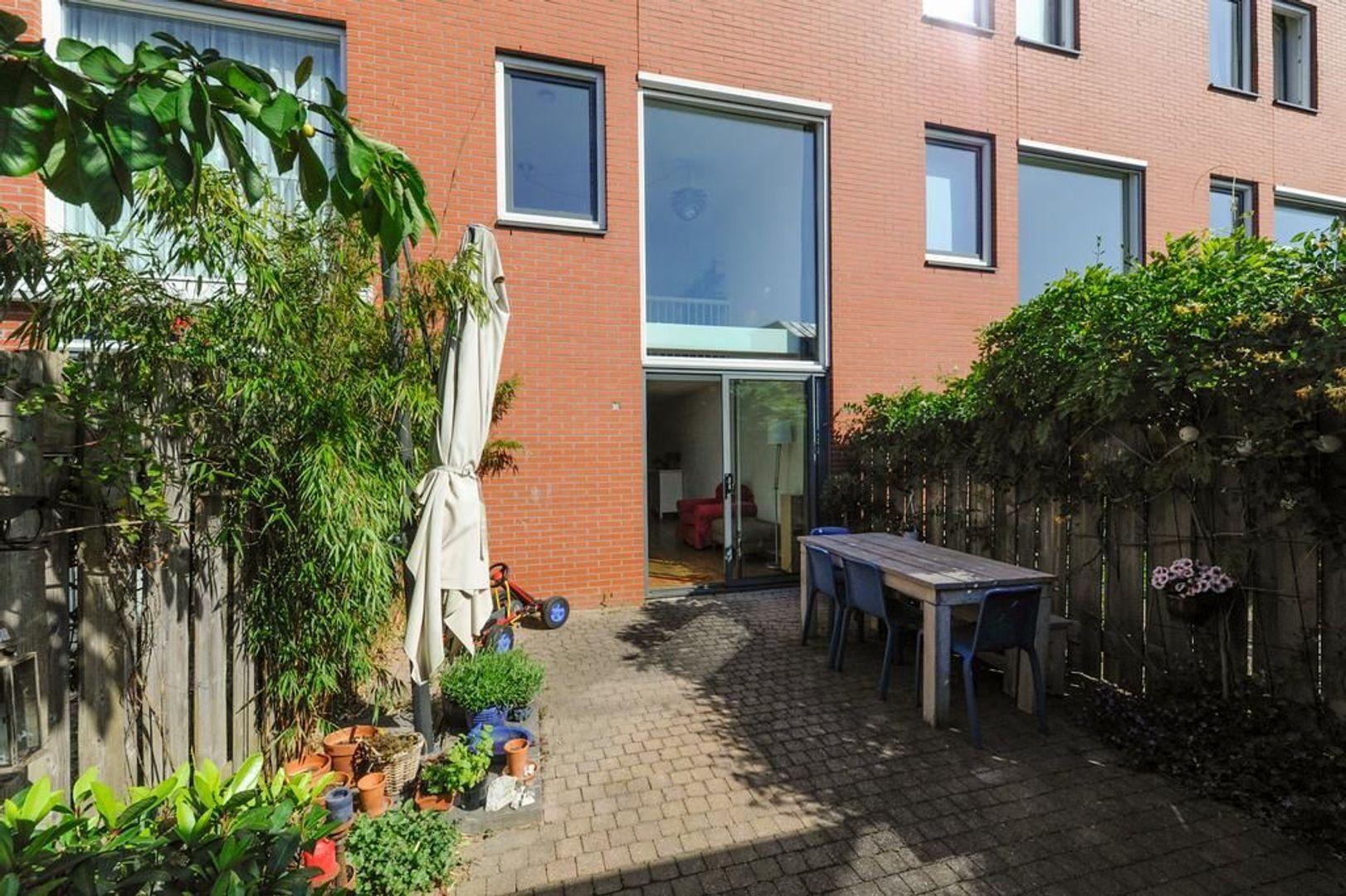Hortensiastraat 66, Den Haag foto-27 blur
