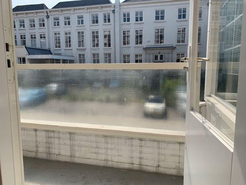 Lage Nieuwstraat 360, Den Haag foto-3 blur