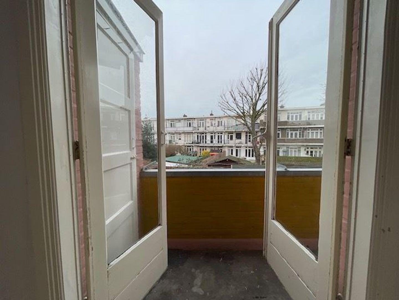 Okkernootstraat 101, Den Haag foto-21 blur