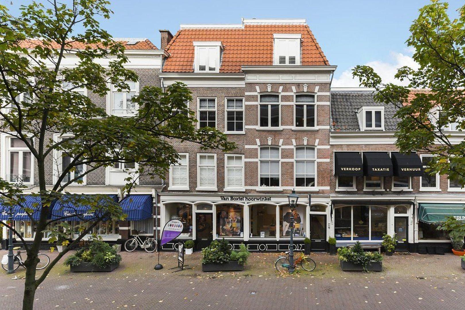 Frederikstraat 955, Den Haag foto-0 blur