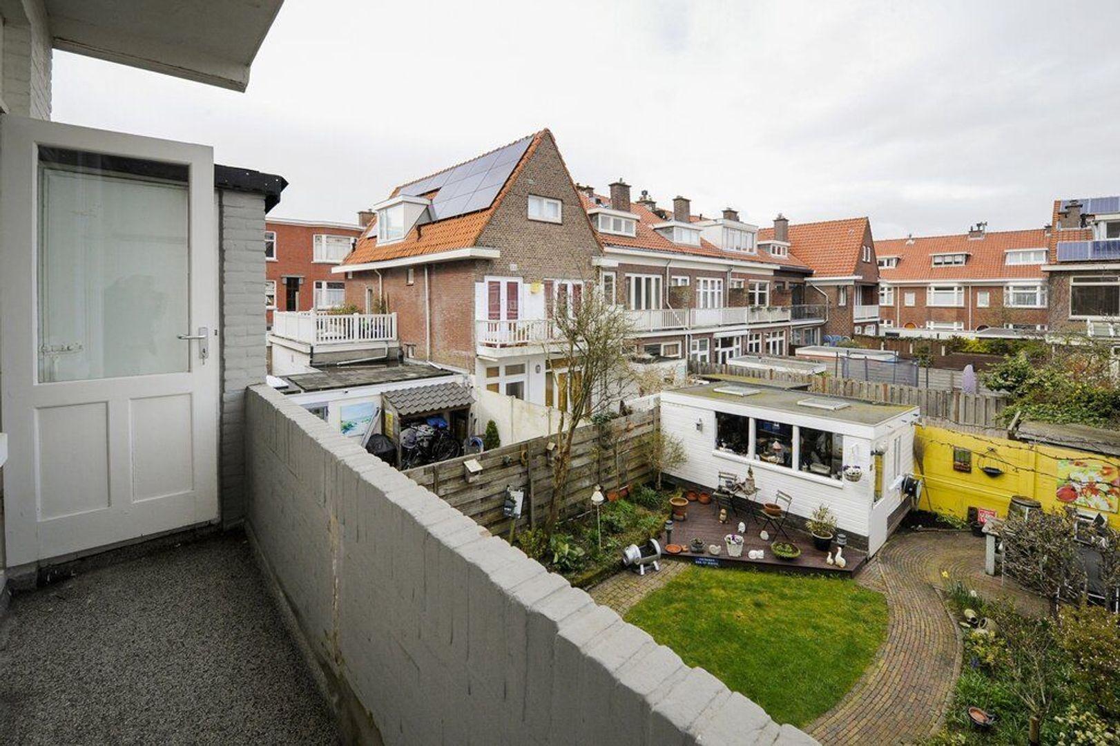 Vlierboomstraat 397, Den Haag foto-23 blur