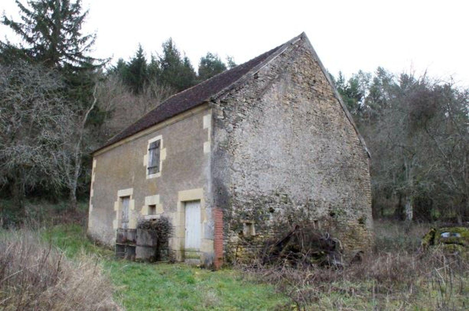 SI1225, Dompierre-sur-Nièvre foto-1 blur