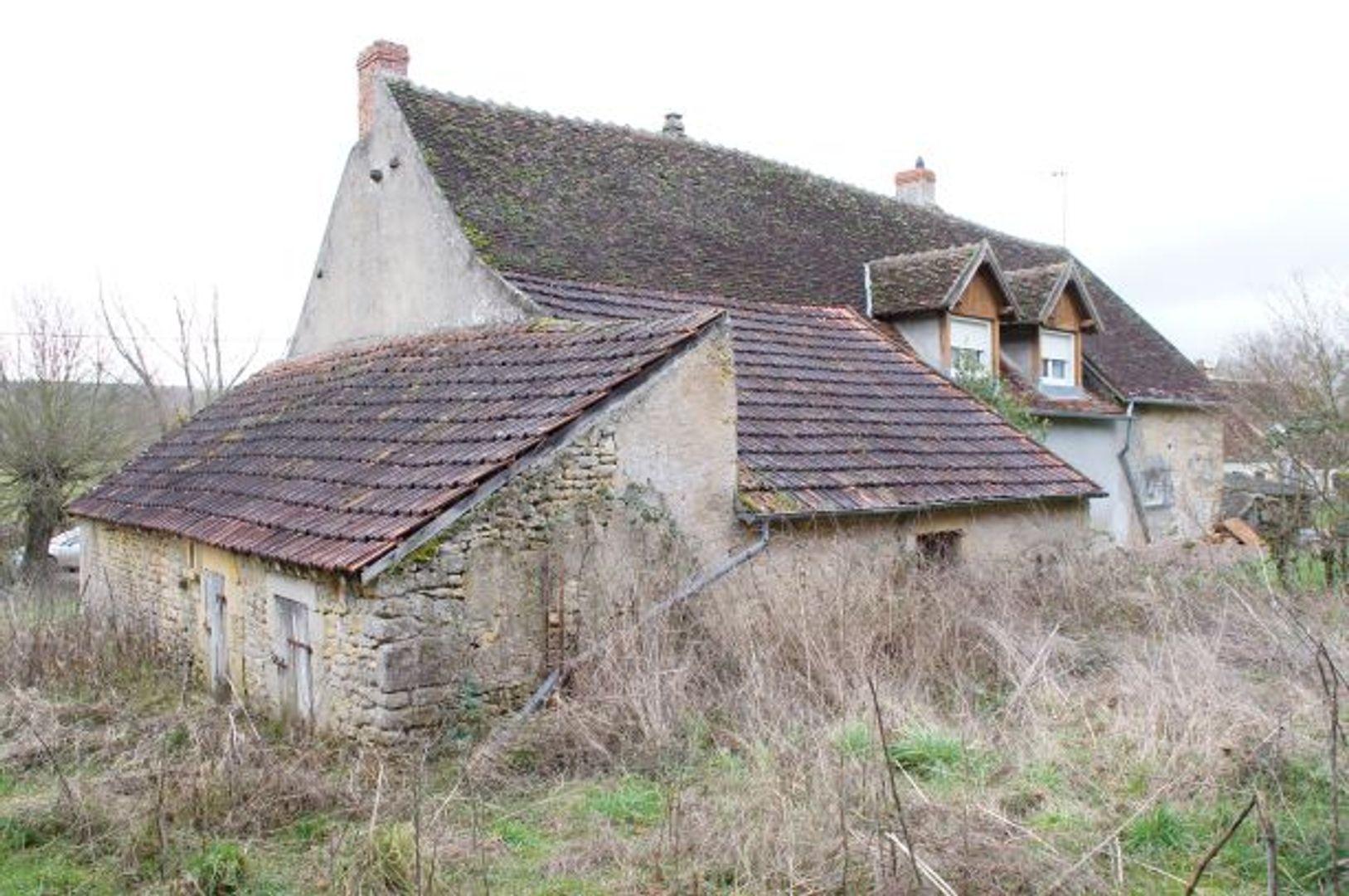 SI1225, Dompierre-sur-Nièvre foto-2 blur