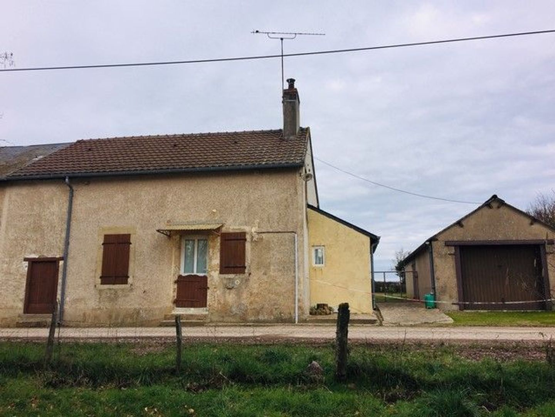 SI1305, Moulins-Engilbert foto-0 blur