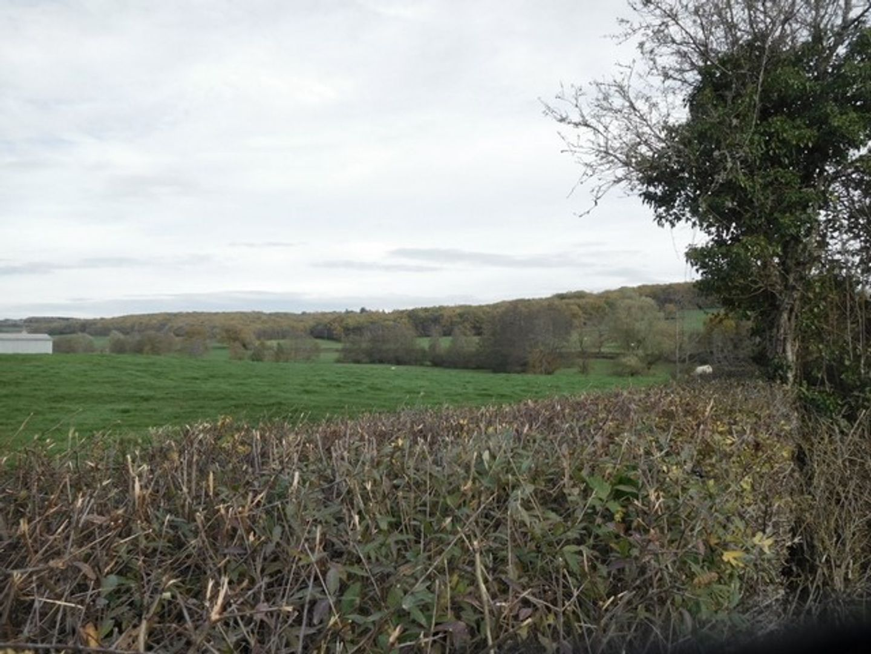 SI1305, Moulins-Engilbert foto-4 blur