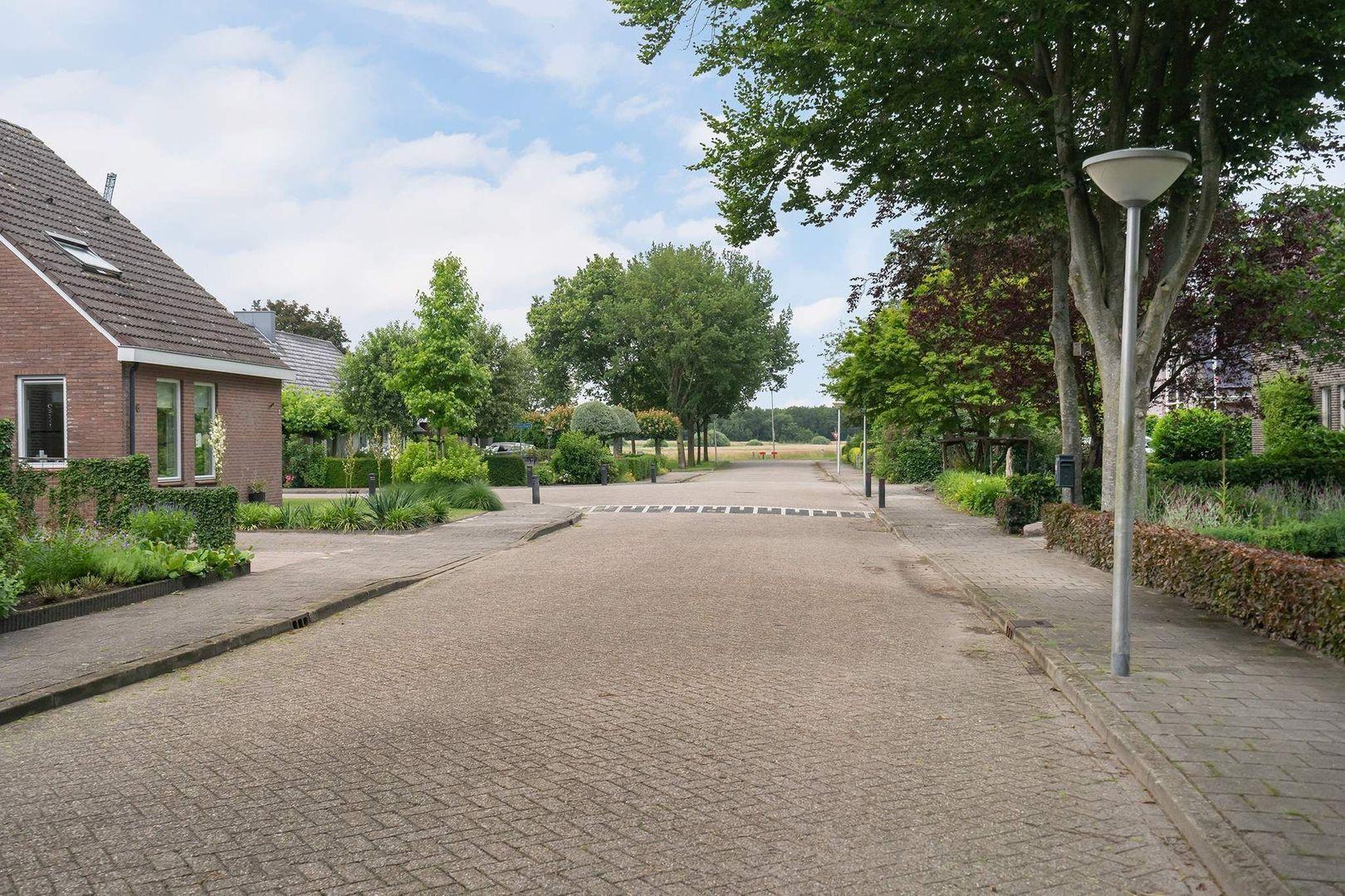 Sparrenlaan 9, Ijhorst foto-34 blur