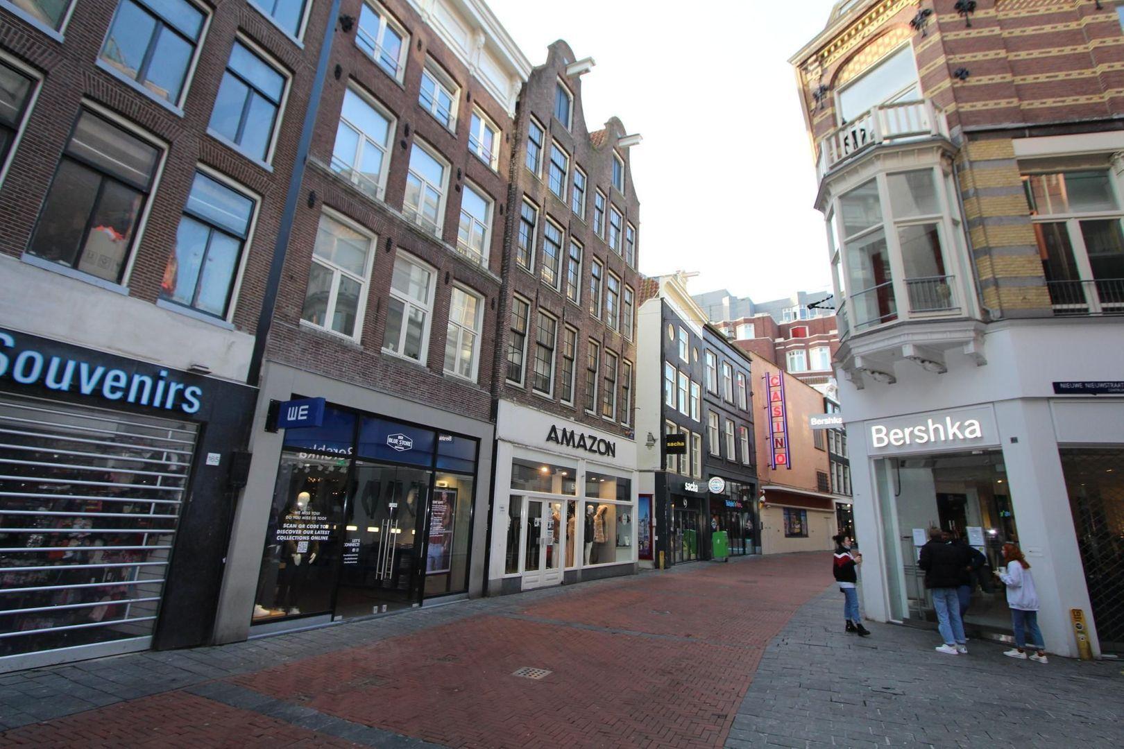 Nieuwendijk 161 BG, Amsterdam foto-7 blur