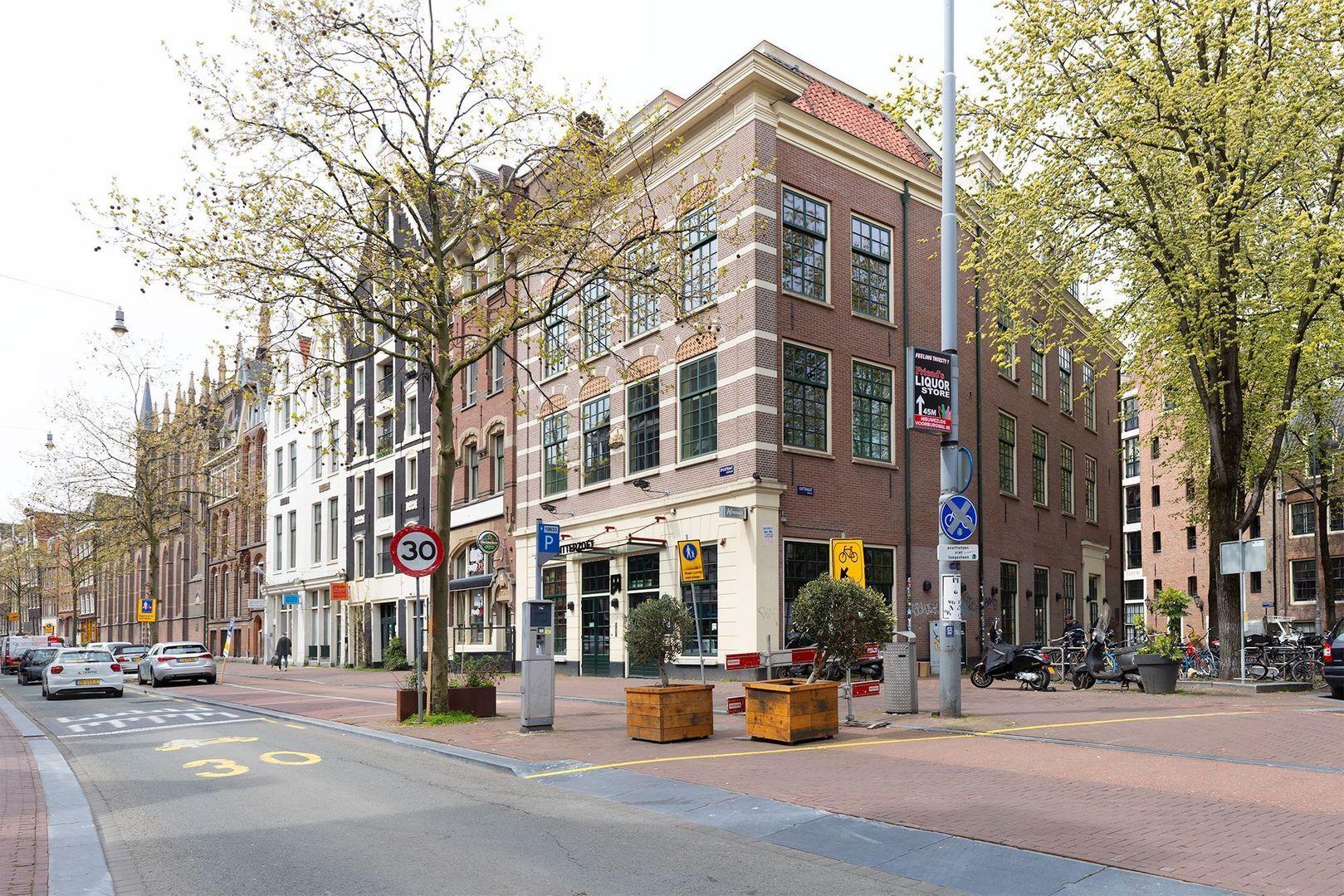 Spuistraat 2, Amsterdam foto-1 blur