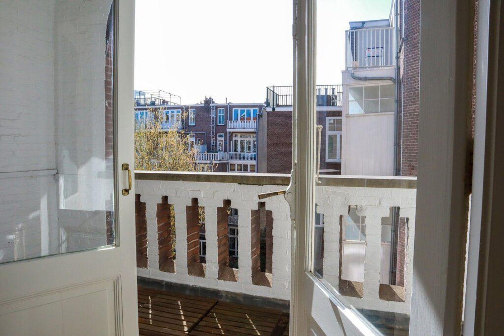 Pieter de Hoochstraat 74 III, Amsterdam foto-3 blur