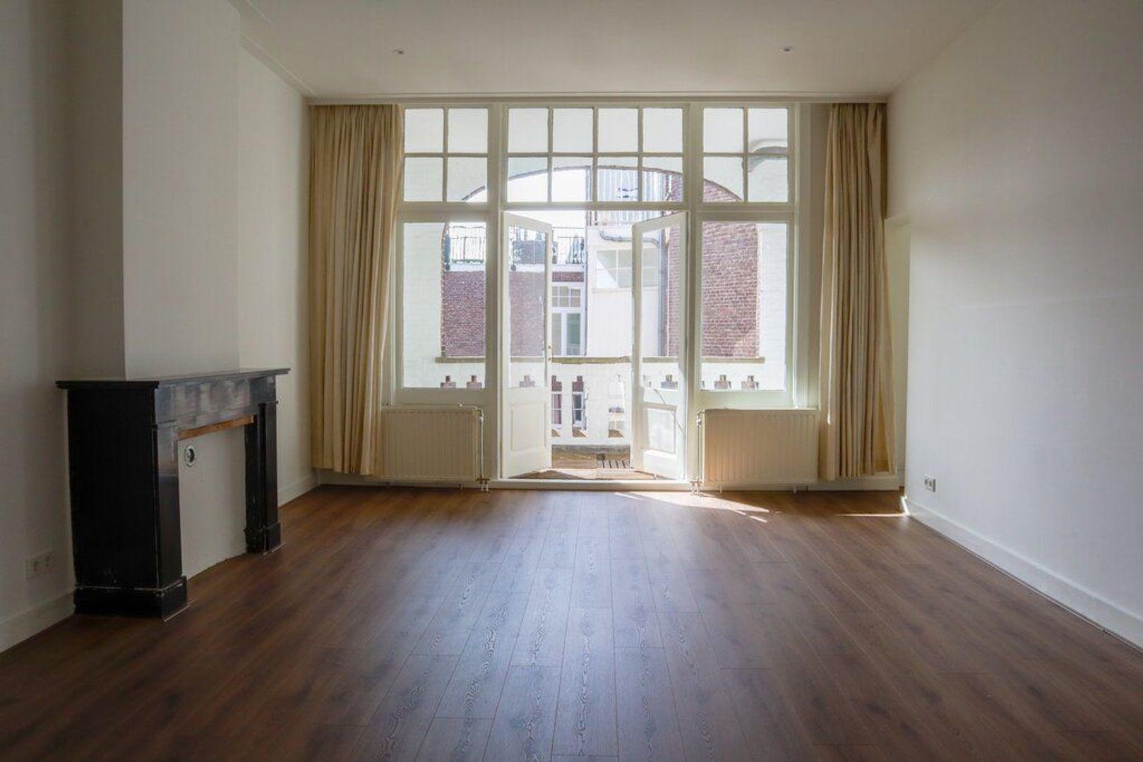 Pieter de Hoochstraat 74 III, Amsterdam foto-2 blur