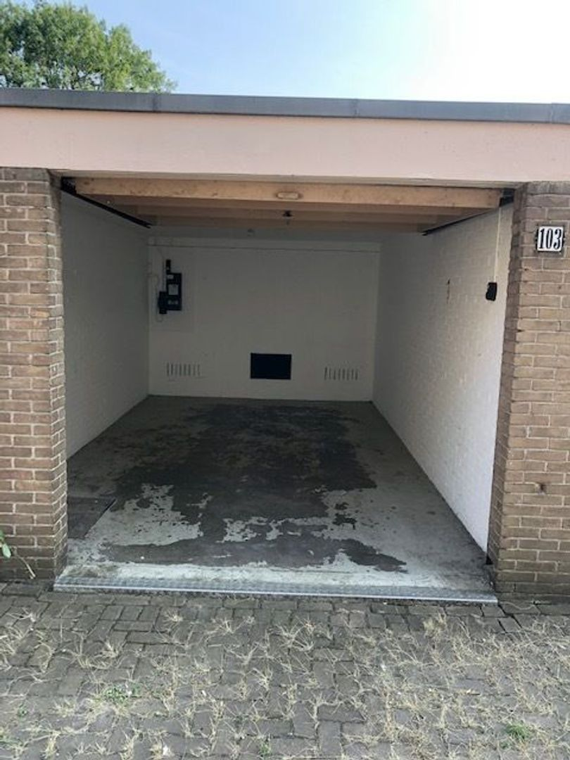 Wijenburg 103, Amsterdam foto-1 blur