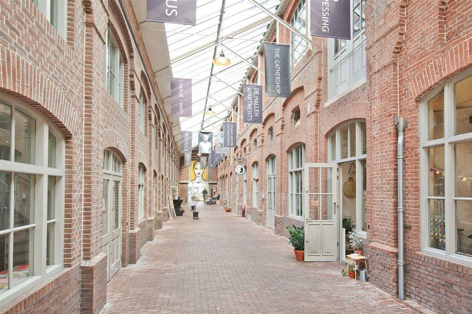 Jacob van Lennepkade 36 sous, Amsterdam foto-13 blur