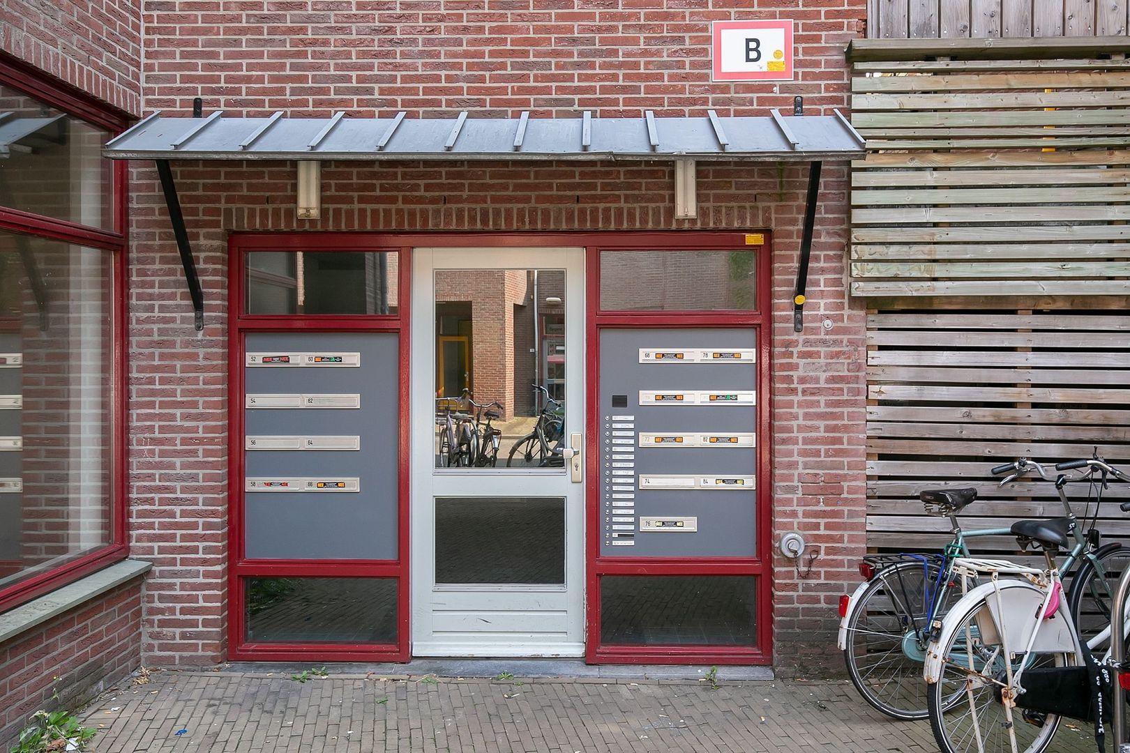 Spinhuispad 76, Schiedam foto-2 blur