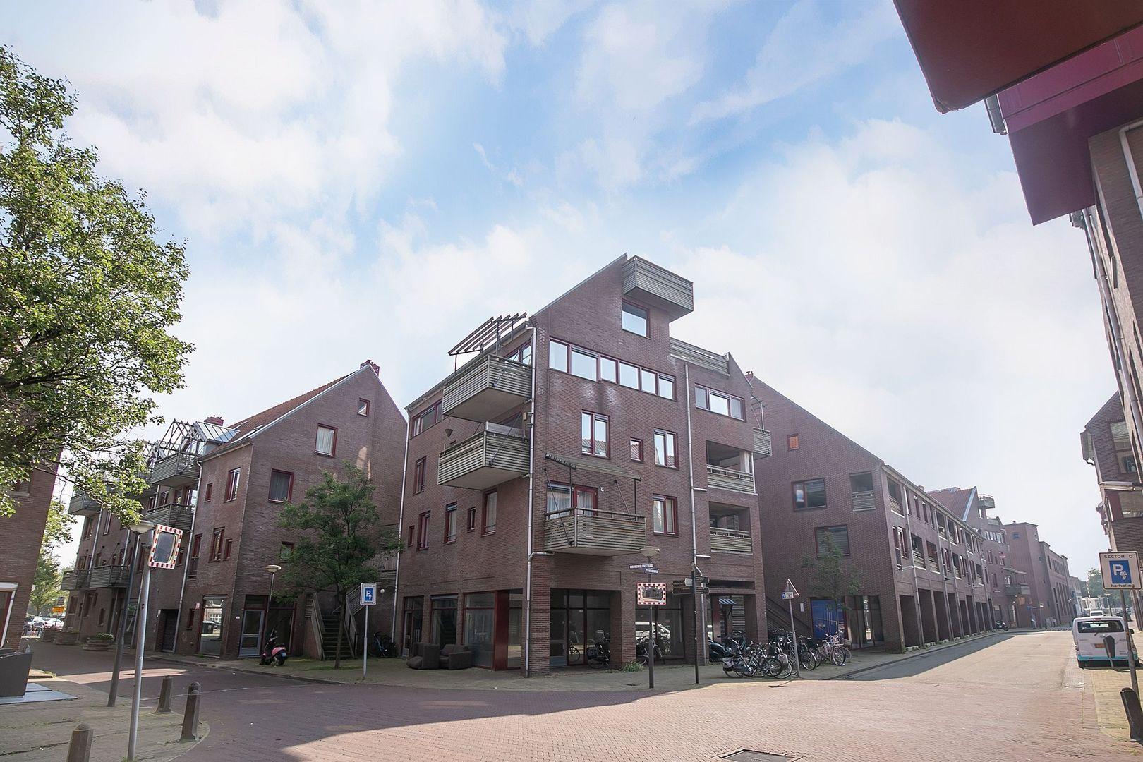 Spinhuispad 76, Schiedam foto-28 blur