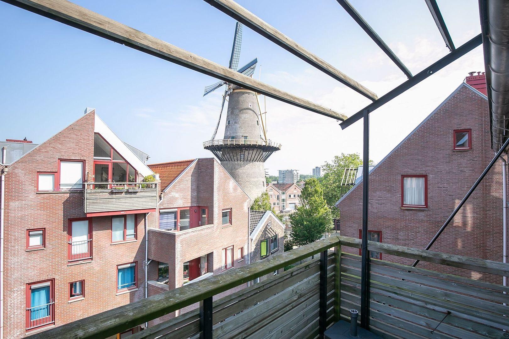 Spinhuispad 76, Schiedam foto-22 blur