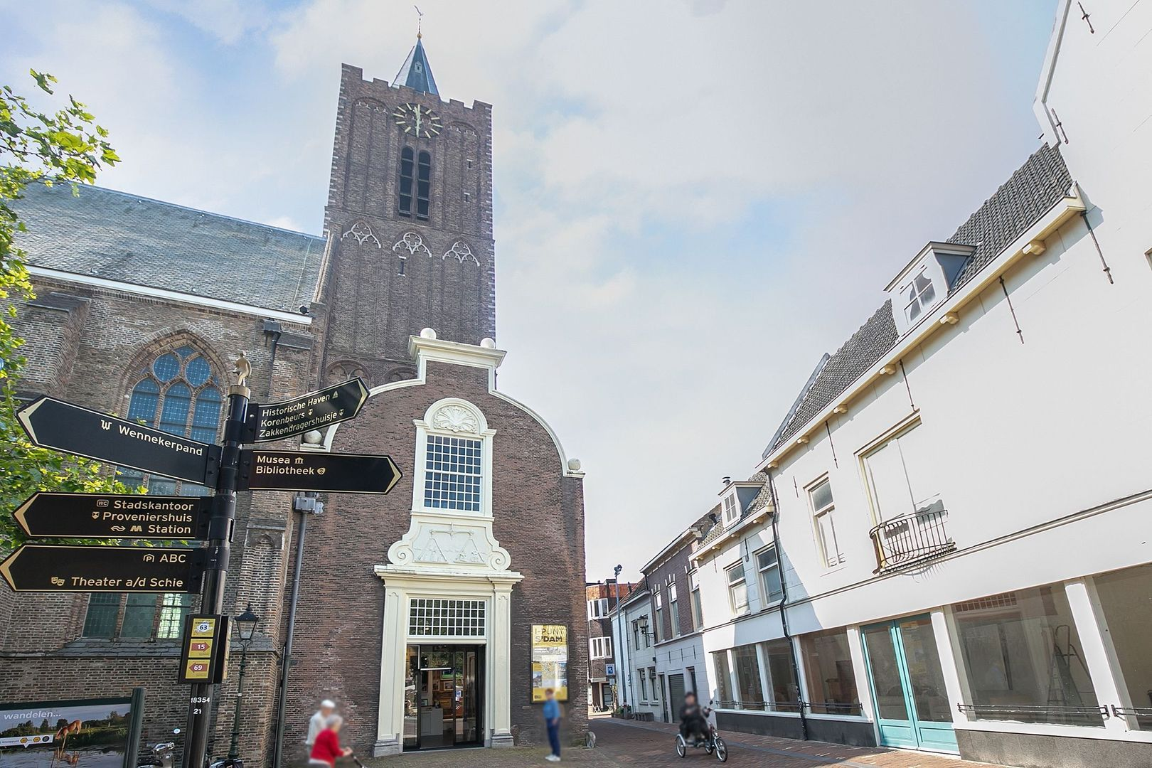Spinhuispad 76, Schiedam foto-32 blur