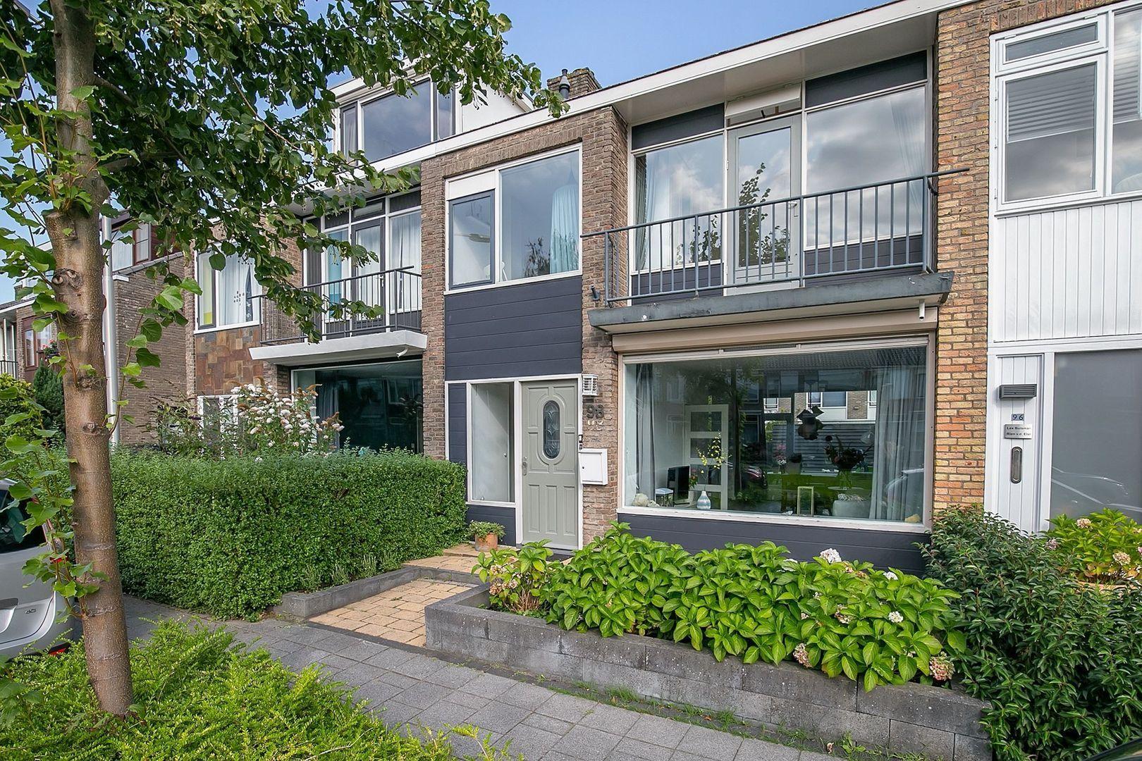 Wilhelminastraat 98, Berkel En Rodenrijs foto-1 blur