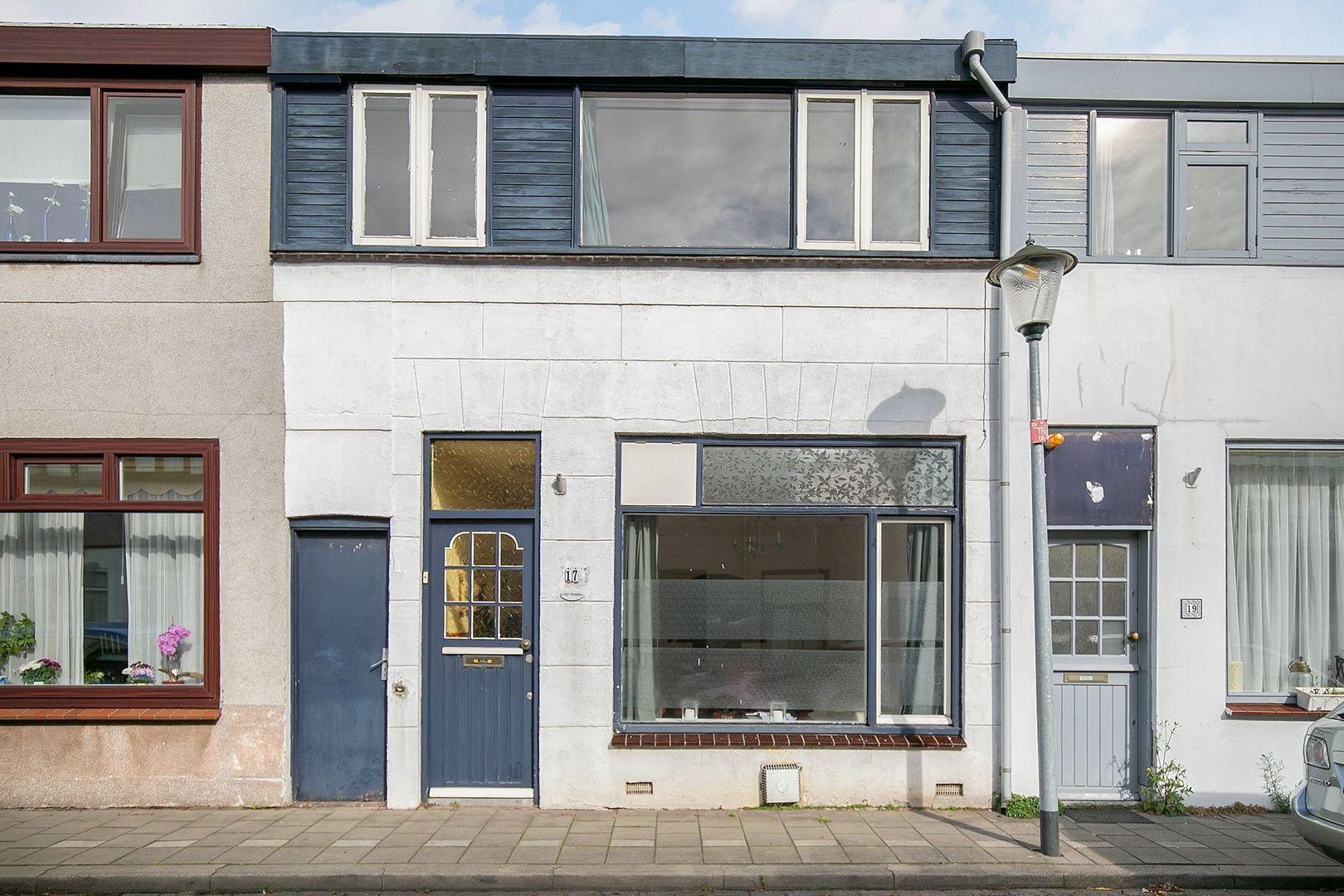 Zalmstraat 17, Schiedam foto-0 blur