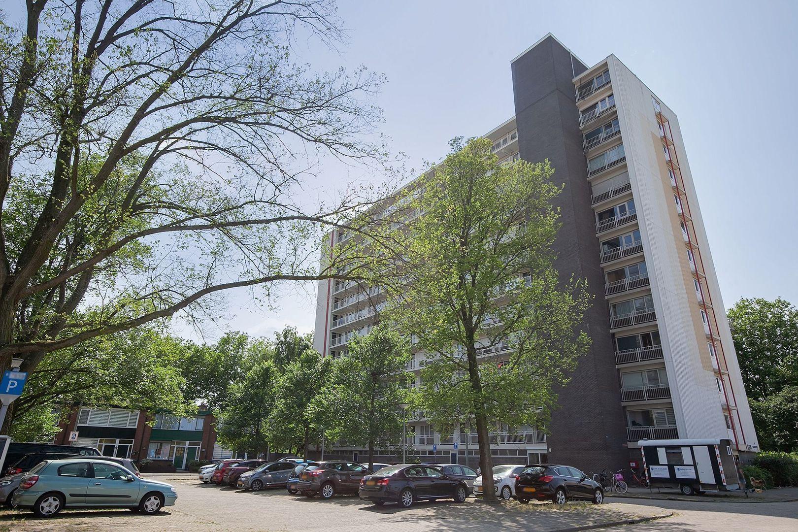 Johan Braakensiekstraat 125, Schiedam foto-1 blur