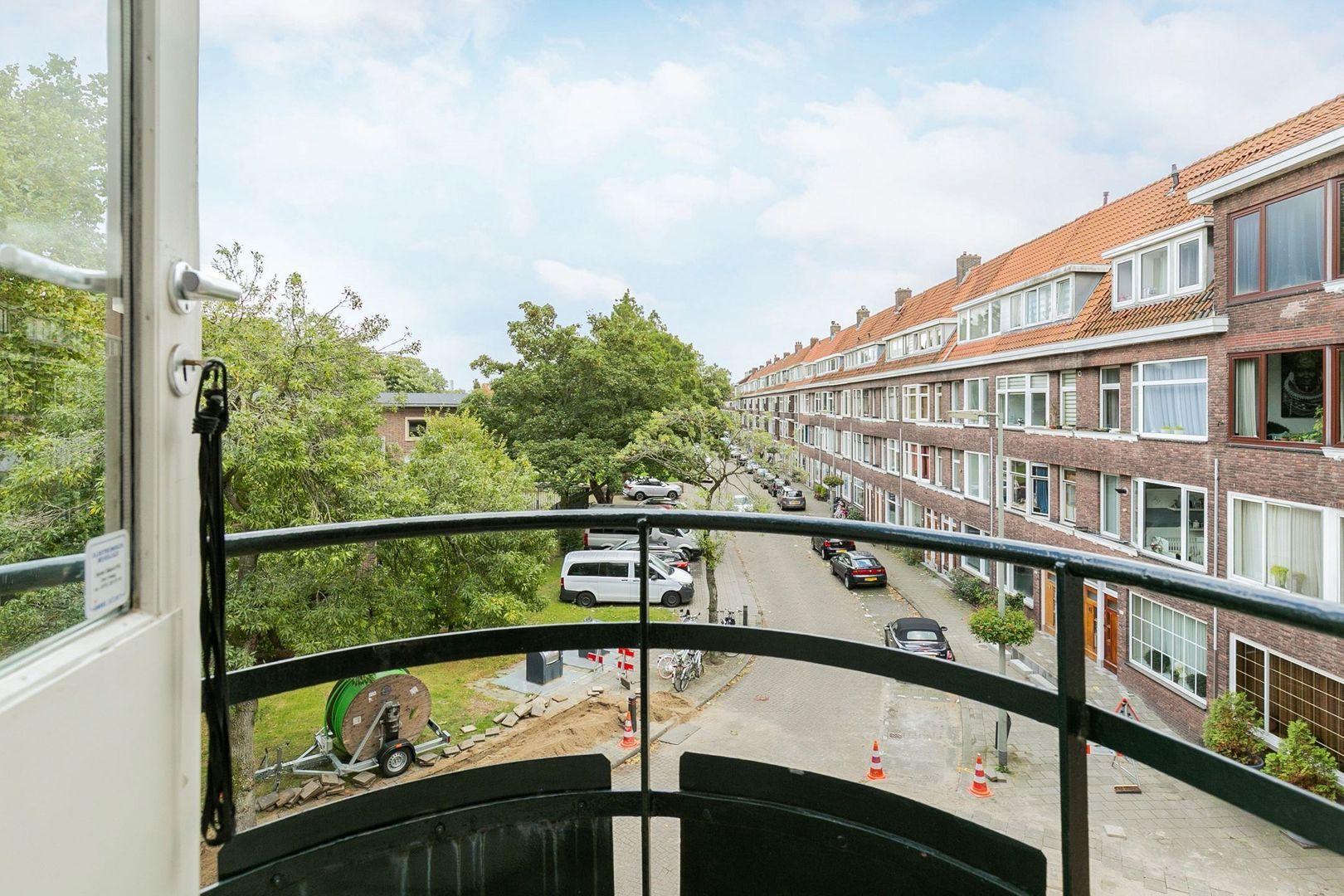 Marconistraat 103 a, Schiedam foto-20 blur