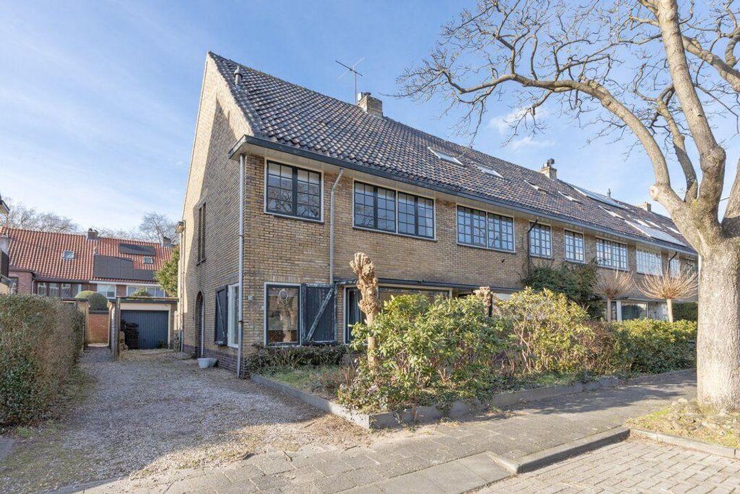 Hindelaan 24, Hilversum