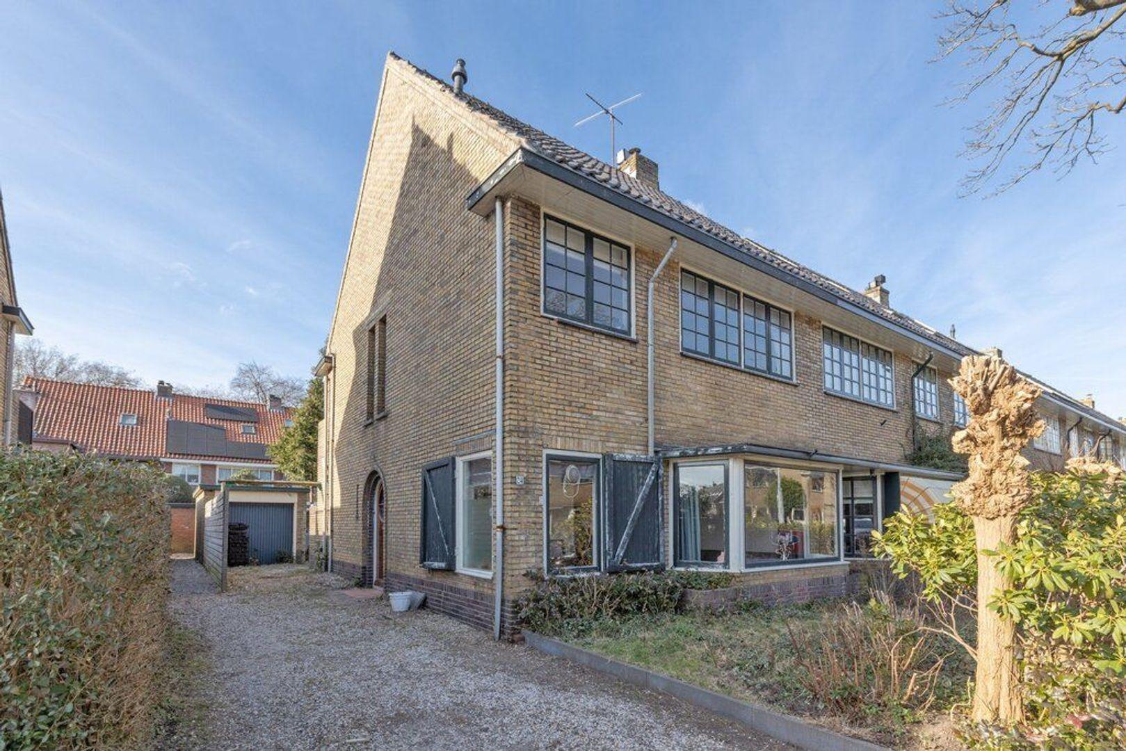 Hindelaan 24, Hilversum foto-1 blur