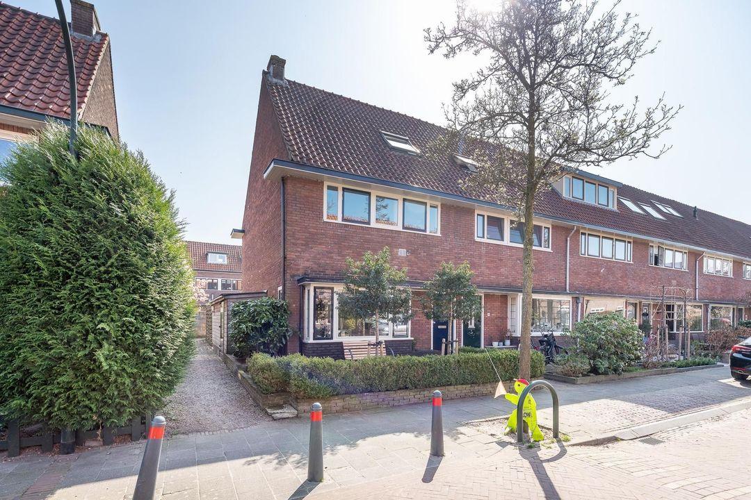 S. Hoogewerffstraat 58, Hilversum