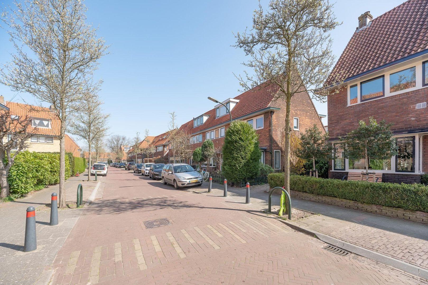 S. Hoogewerffstraat 58, Hilversum foto-32 blur
