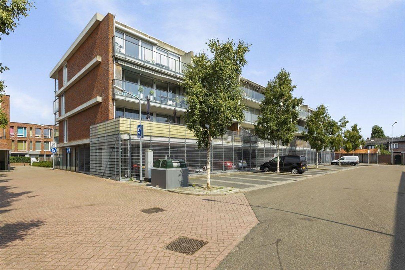 Buys Ballotstraat 21, Hilversum foto-1 blur