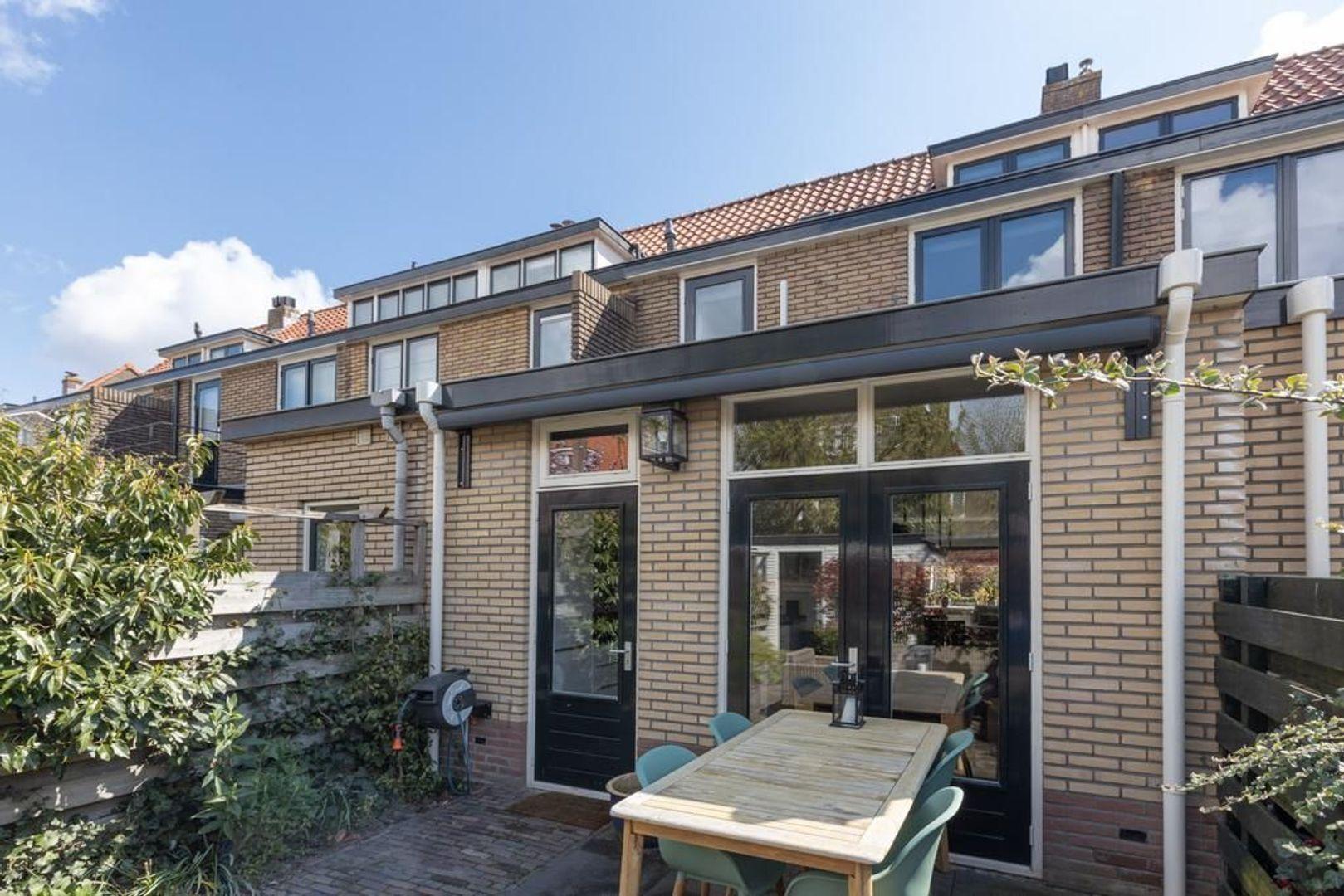Hazenstraat 39, Hilversum foto-24 blur